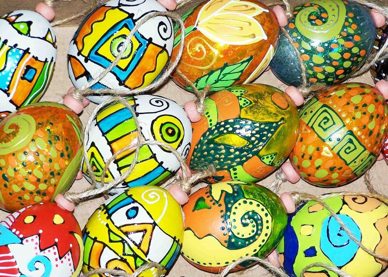 Eggs - hand-painted eggshells with acrylic paints